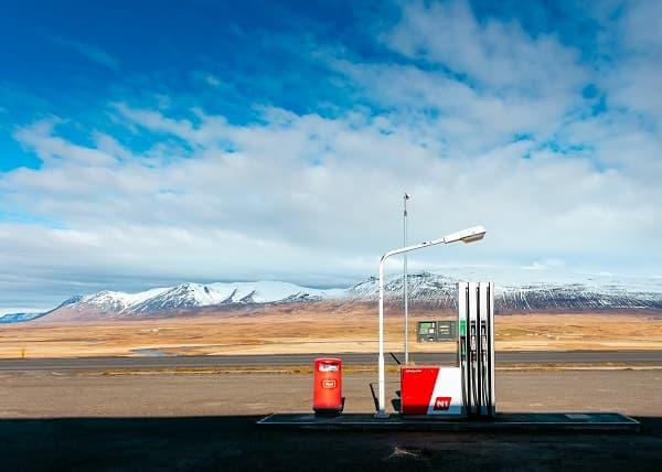 ガソリンスタンドのイメージ画像