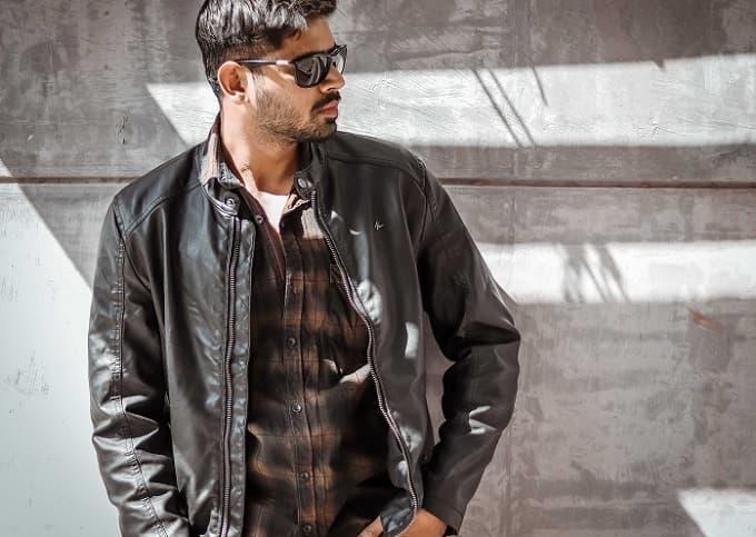 ジャケットの着た男性のアイキャッチ画像