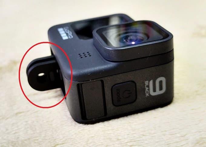 バイク動画撮影用カメラのマウント接続箇所の写真
