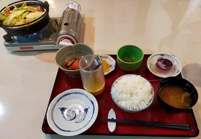 宴蔵の鶏チャン定食写真