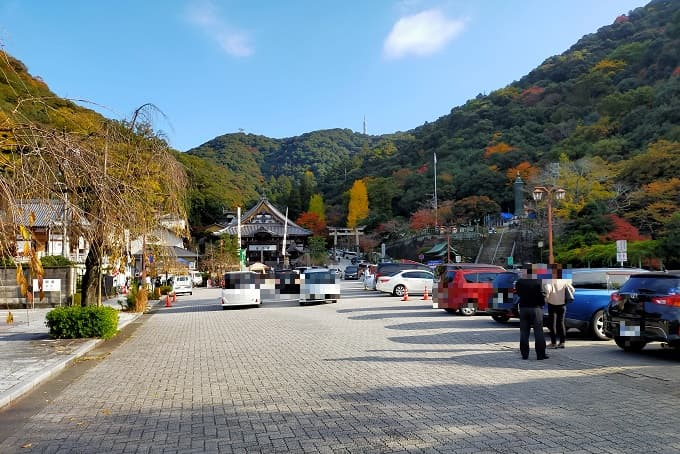 伊奈波神社の駐車場写真
