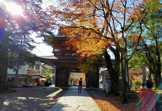 華厳寺の紅葉写真