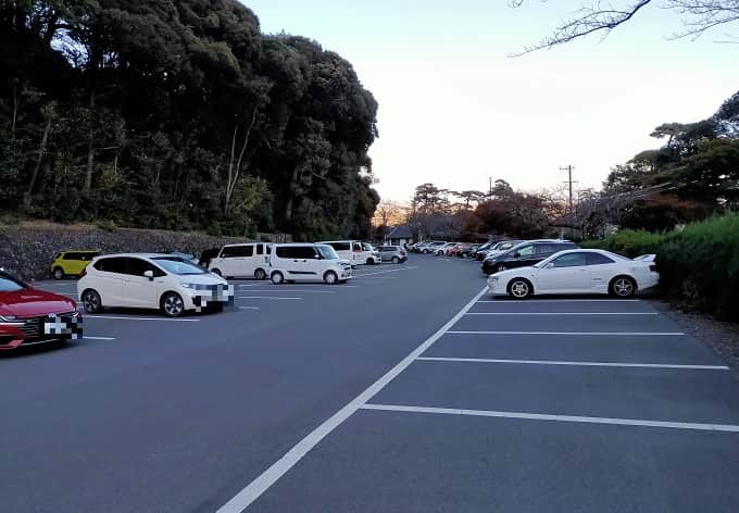 養老公園の駐車場写真