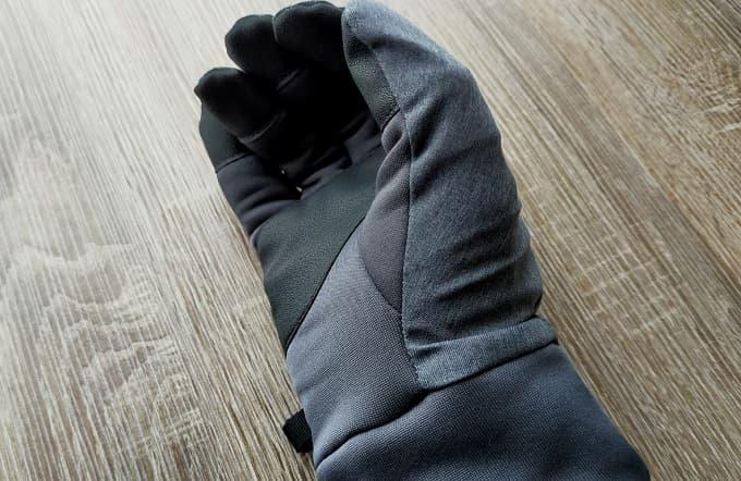 ユニクロヒートテック手袋の写真