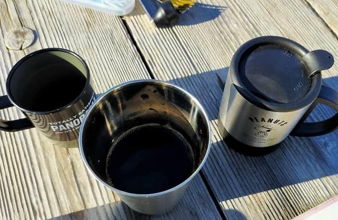 キャンプで淹れたコーヒー