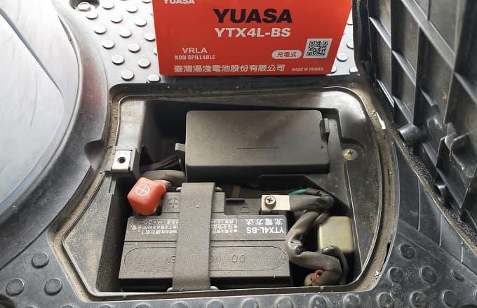 原付バッテリーの搭載箇所